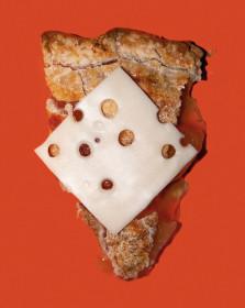 В Висконсине незаконно подавать яблочный пирог в общественных ресторанах без сыра.