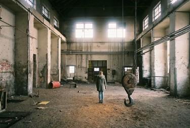 Заброшенный завод в Любляне, Словения. (Фото: Dino Kuznik)