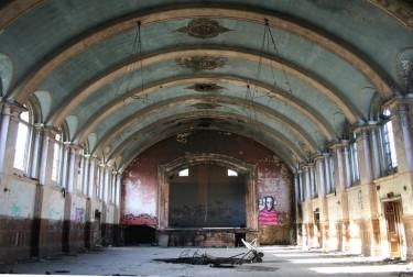 Палата бывшей психиатрической клиники в Хеллингли, Великобритания. (Фото: Tuna-Baron)