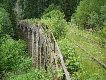 Железнодорожные пути между Krazny Jez и Leznice, Чешская Республика. (Фото: Jans Suchy)