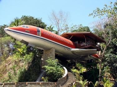 Самолет Боинг-727 превратился в гостиничный номер