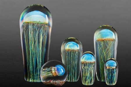 Стеклянные медузы