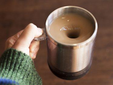 Чашка-кофемешалка